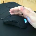 Myš SteelSeries Rival - uchopenie